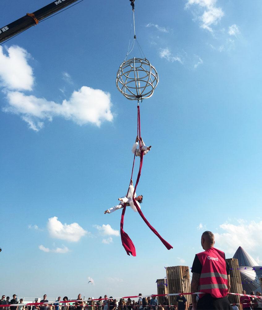 Luftakrobatik auf dem Lollapalooza