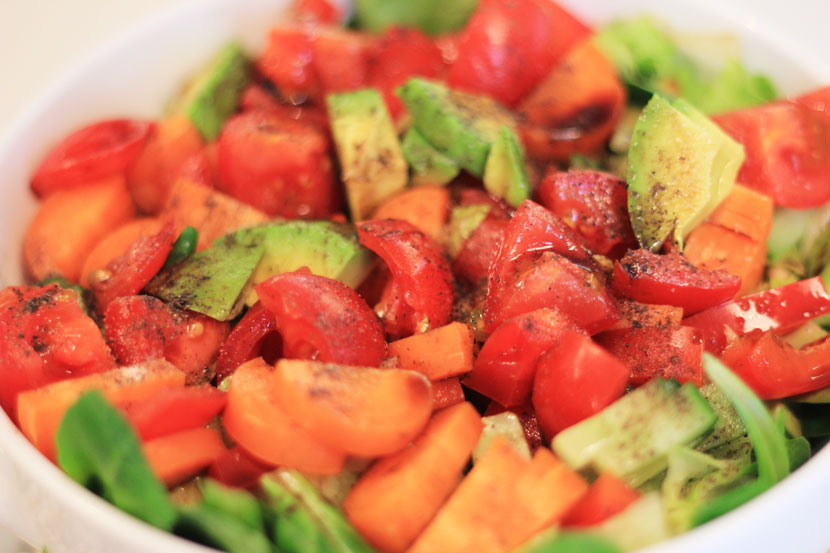 Clean Eating Salat mit Avocado